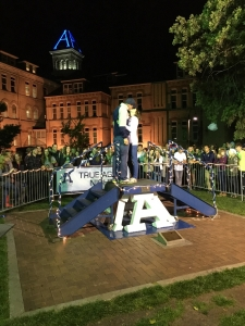 Kissing aggies